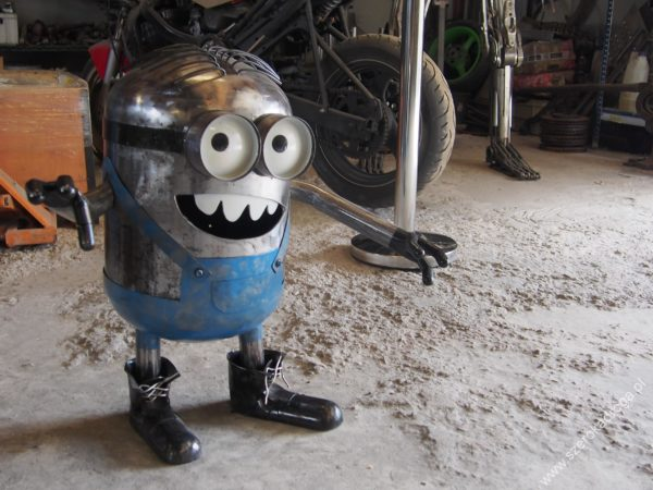 Fabryka Robotów - Łącznik