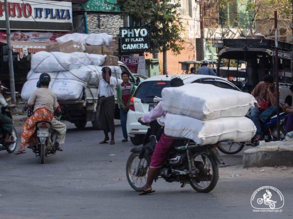 przemieszczanie się po Birmie