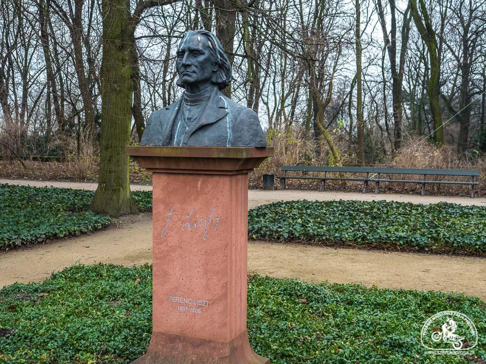 Pomnik Fernca Liszta, Jeden dzień w Warszawie,