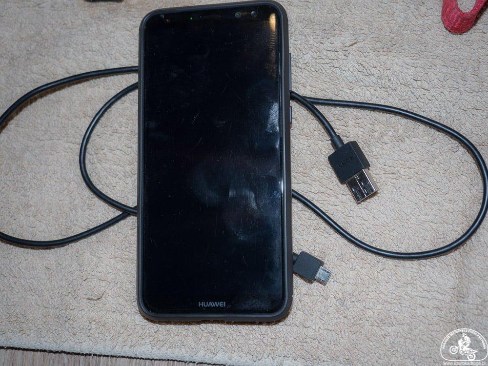 telefon komórkowy, niezbędnik motocyklisty